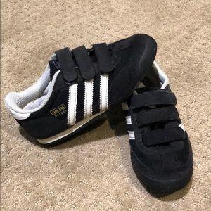 Adidas kids shoes size 11.5 toddler